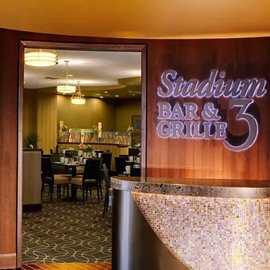 Stadium 3 Bar & Grille