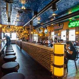Melt Bar and Grilled (Mentor)