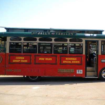 Covered Bridge Trolley Tour & Cavatelli Dinner