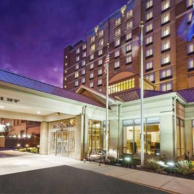 Hilton Garden Inn Cleveland Downtown Reopening!