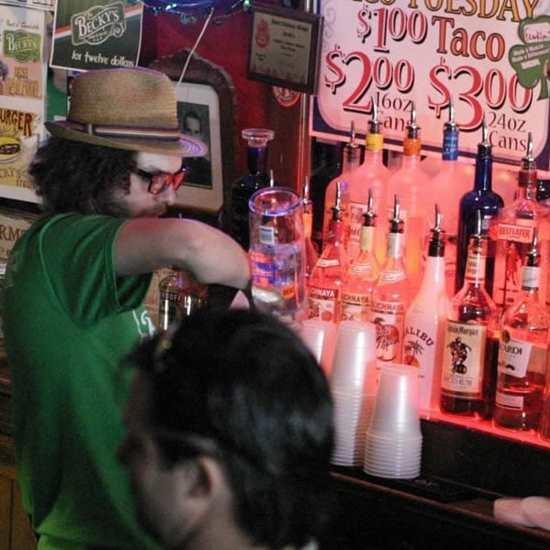 Becky's Bar & Grill
