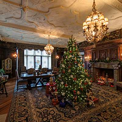 Dinner & Deck the Hall: An Evening of Holiday Magic