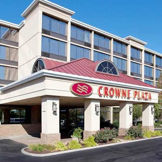 Crowne Plaza (Cleveland Airport)
